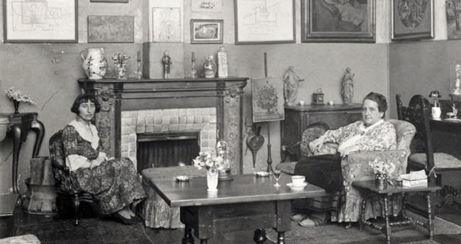 Retrato de Alice B. Toklas y Gertrude Stein. Imagen cortesía de: The Red List