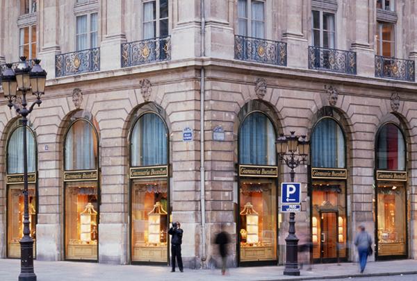 Boutique Buccellati su Place Vendome, Parigi. Imamagine: Buccellati