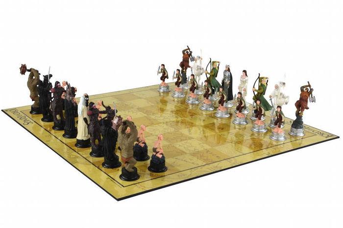 Herr der Ringe-Schachspiel mit Figuren aus dem Film Catawiki