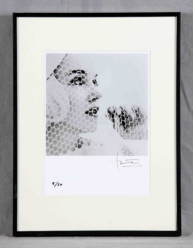 "BERT STERN. ""Marilyn Monroe. The Last Sitting"". Fotografía blanco y negro firmada"
