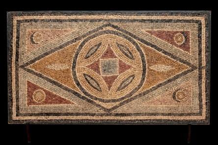 Mosaik, 600-500 f.Kr. Foto: Duran Arte y Subastas.