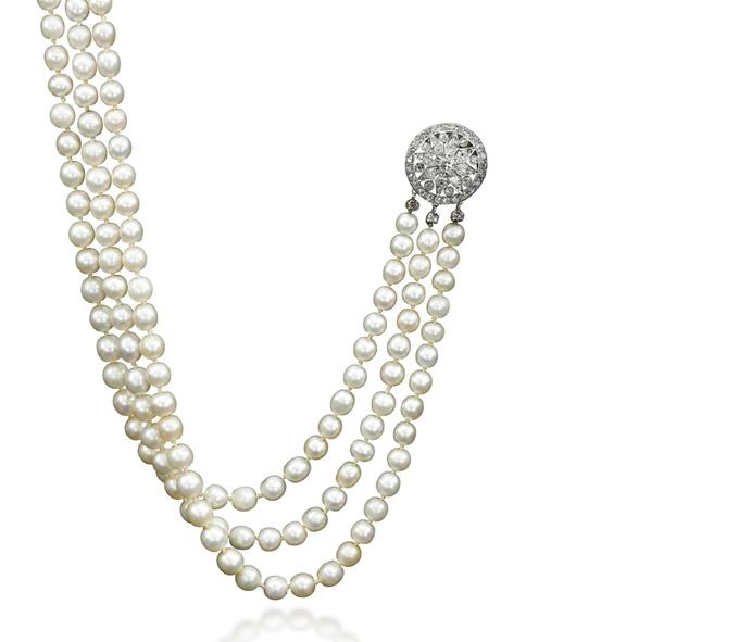 Collier en perles naturelles et diamants, estimation 200 000 - 300 000 dollars, image ©Sotheby's