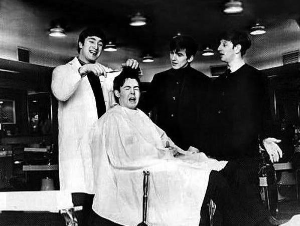 Des mèches des 4 Beatles se sont vendues pour 10 000 euros Image: courtesy of Catawiki