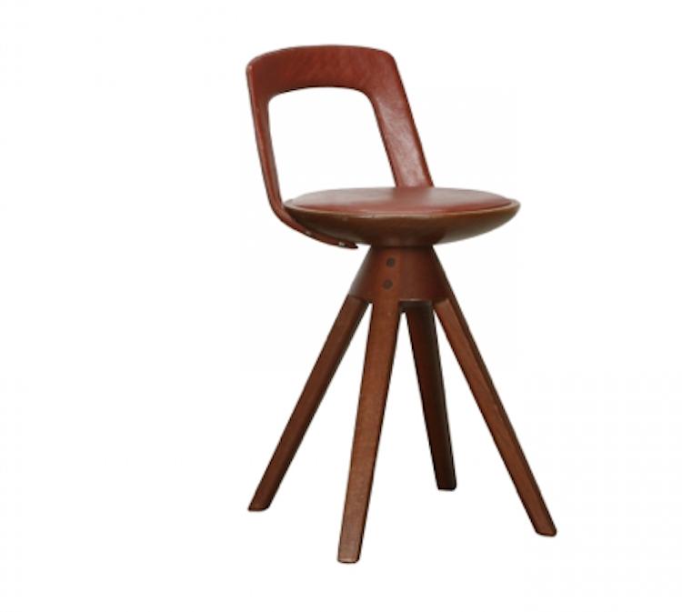 Stolen av Tove & Edvard Kindt-Larsen formgiven 1957 är en av de möbler som lär dra uppmärksamhet till sig under mässan. Stolen säljs hos Dansk Møbelkunst.