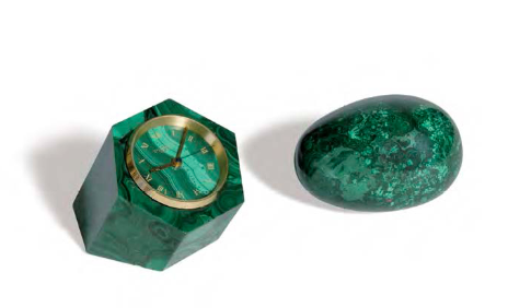 來自Pierez日內瓦的孔雀石小座鐘;附上一個孔雀石蛋。Leclere銷售中