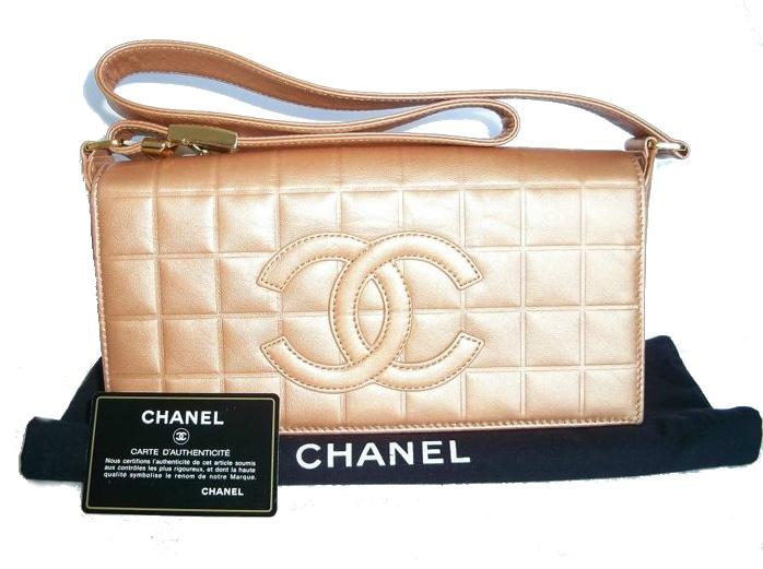 """CHANEL - """"Choco bar"""" Shoulder Bag"""