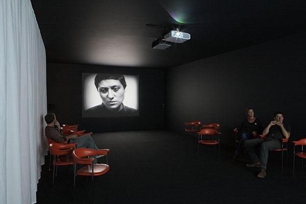 Exposition A TRIPLE TOUR A LA CONCIERGERIE, oeuvre de Javier Téllez  Crédit François Boutard
