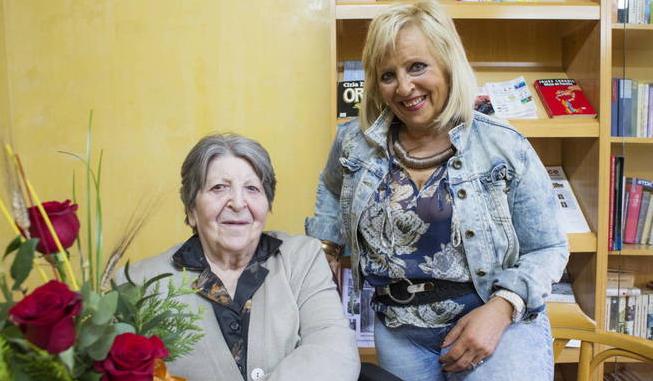 Maria Pilar Abel Martínez und ihre Mutter Antonia Foto: EFE