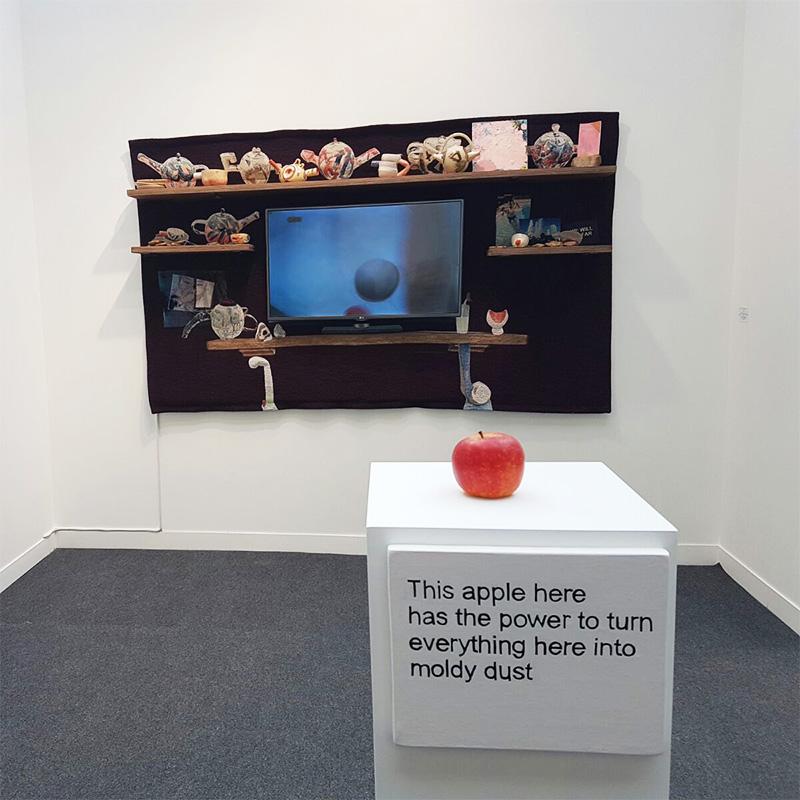 Deux oeuvres de Laure Prouvost présentées sur le stand de Nathalie Obadia Image: Barnebys