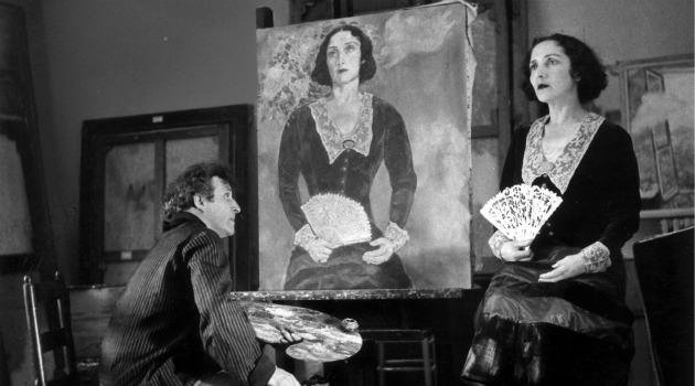 Marc Chagall en train de peindre Bella Rosenfeld, image via Effettoarte