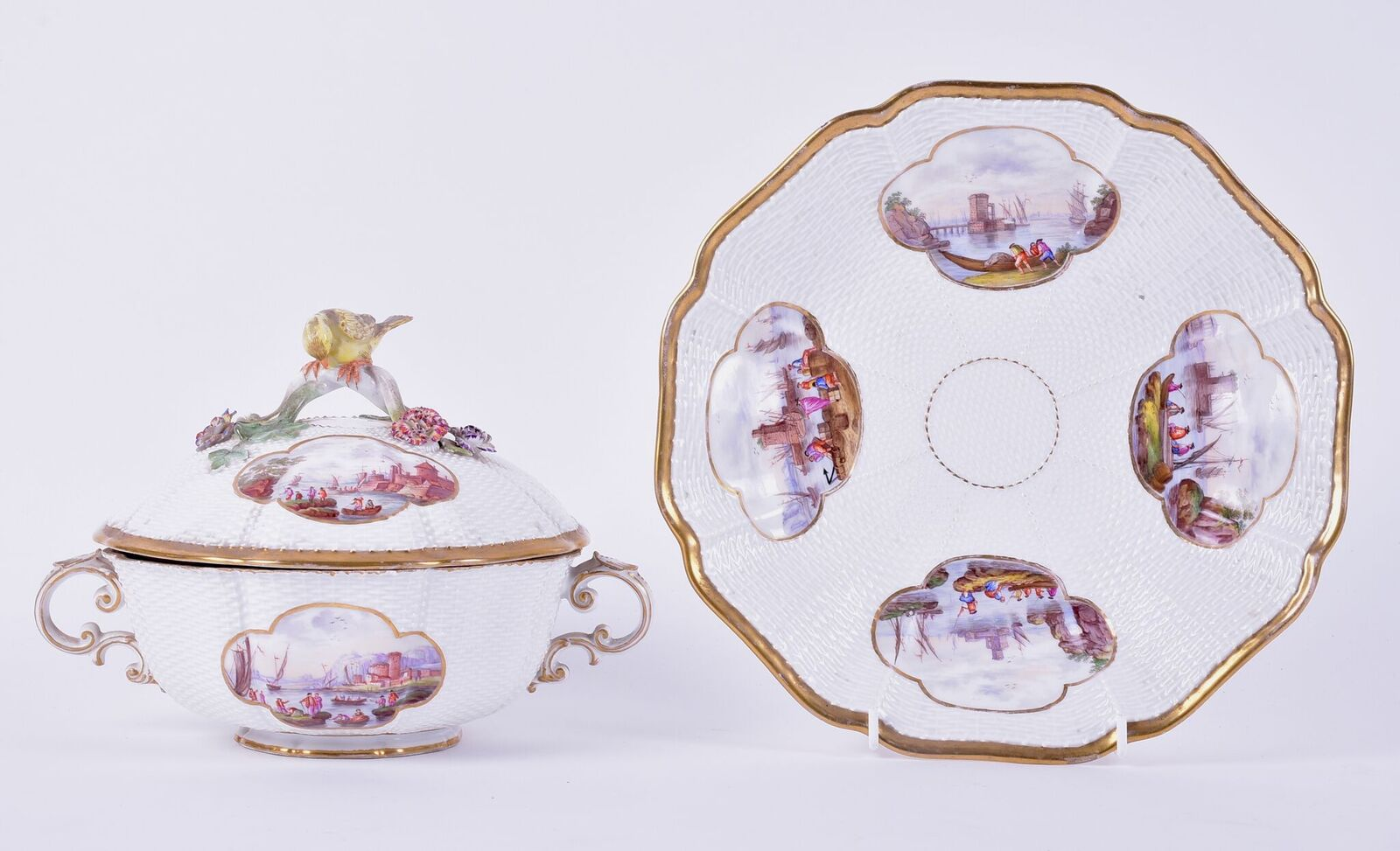 Lot 253: An 18th century Meissen porcelain lidded tureen, together with a serving dish