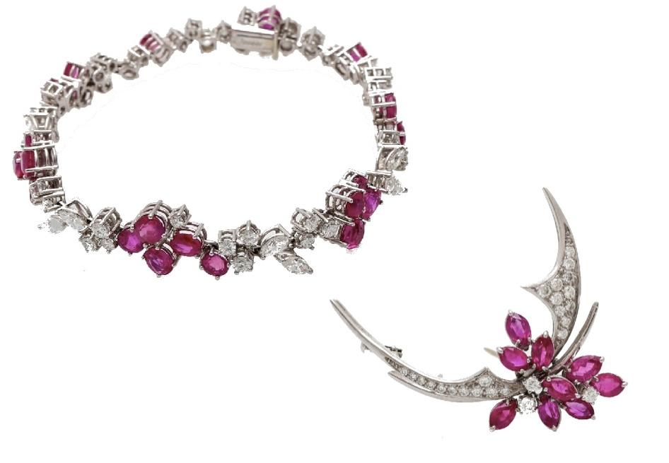 Links: JACOBI - WG-Armband mit Rubinen (zus. ca. 7,5 ct), Diamant-Navettes und Brillanten, 1980er Jahre Rechts: JACOBI-WG-Brosche mit Rubin-Navettes (zus. ca. 5 ct) und Diamanten