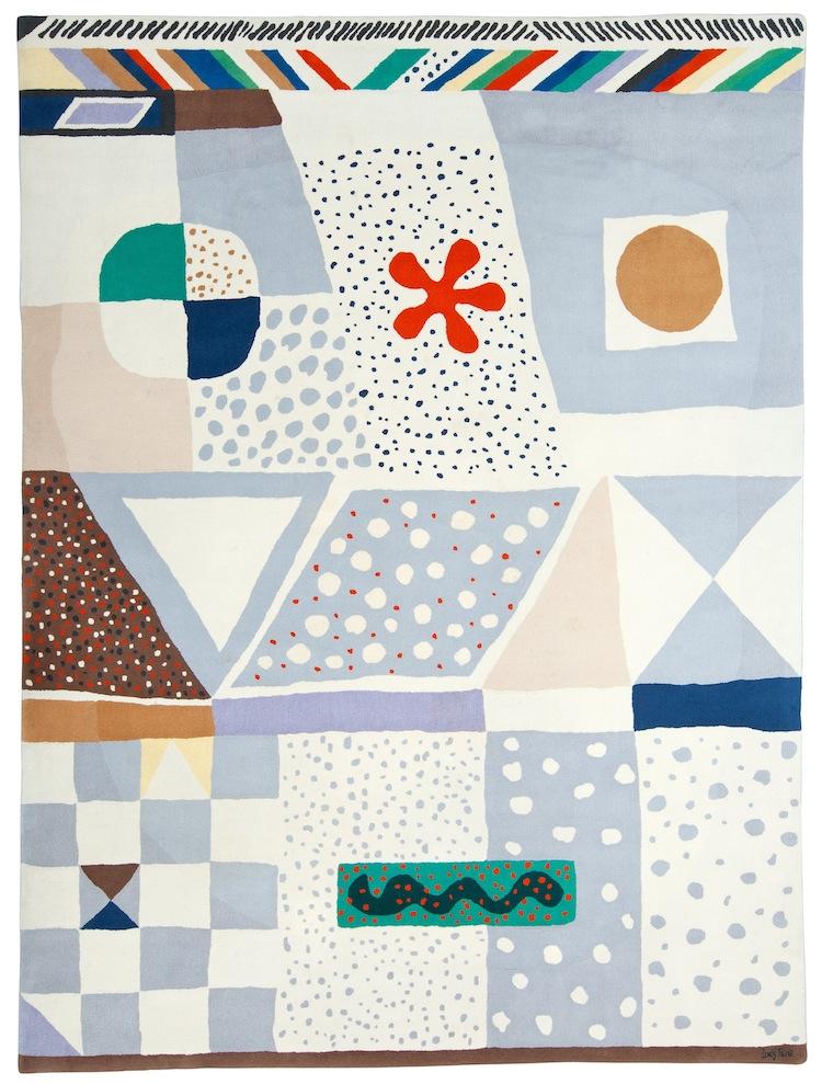 """Josef Frank formgav även mattor för Svenskt Tenn, """"MATTA NR 1"""" (""""CLASSIC FRANK NR 1"""") är en handtuftad matta som komponerades redan 1938 . Tillverkad av Kasthall Ateljé AB. Utrop 40-60 000 kronor"""