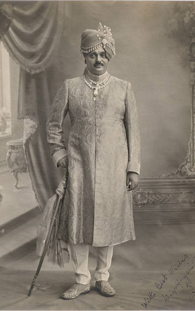 The Maharaja wearing the Touissant necklace. Image: The Telegraph