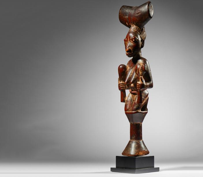 Statue Shango Yoruba, Nigeria, wood. Image: Native