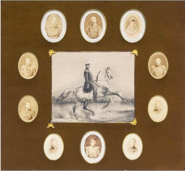 Galeriebild mit 10 Originalfotografien und 1 Lithografie der russischen Zarenfamilie, um 1880