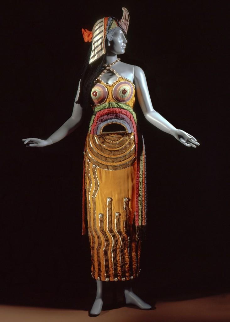 Cleopatra costume for the Ballet de Russes, 1918. Photo: LACMA