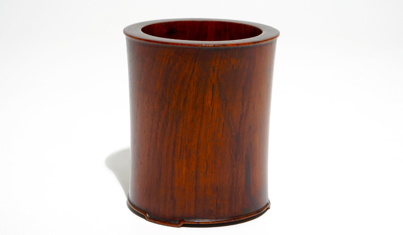 Lot 829: A huanguali wooden brush pot, China, 17/18th century