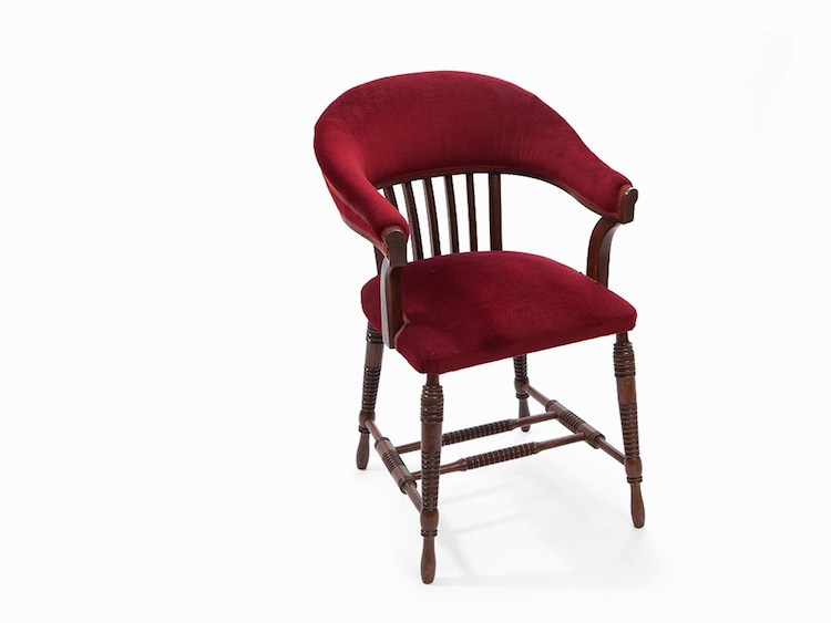 Adolf Loos, Stössler Chair, Austria, 1906. This noble chair was designed by the Austrian architect and publicist Adolf Loos. It is covered with red velvet and the legs are provided with carved, horizontal grooves. Utropspris 113 000 SEK, Auctionata
