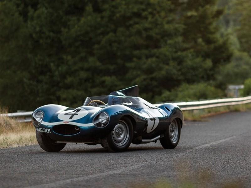 Jaguar D-Type de 1955. Image courtesy of RM Sotheby's