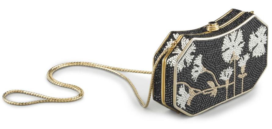 Clutch i guld och svart. Utrop: 1.000 usd. Christie's.