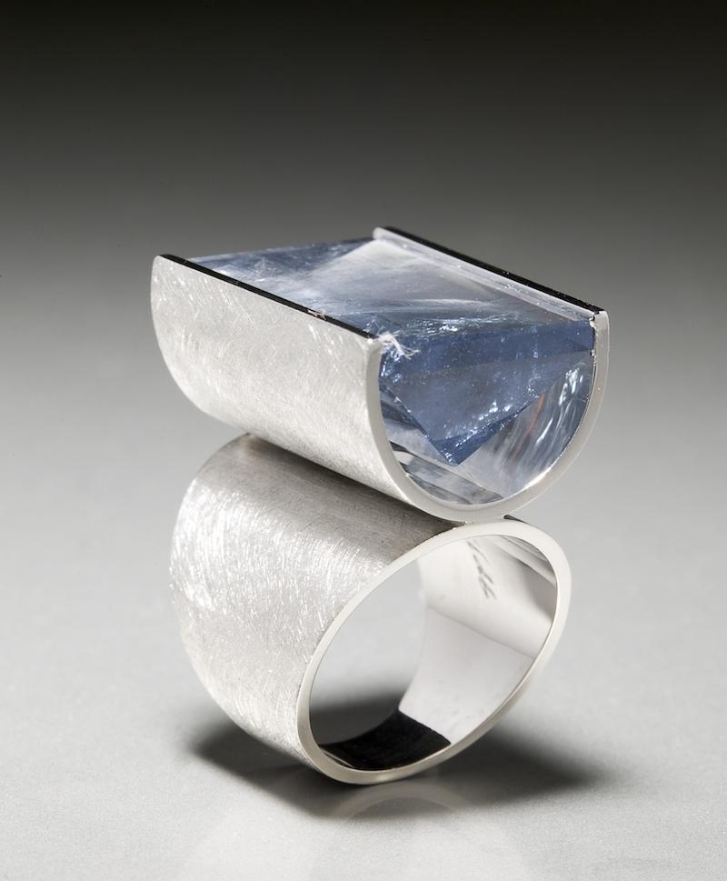 Ring formgiven av Sebastian Schildt