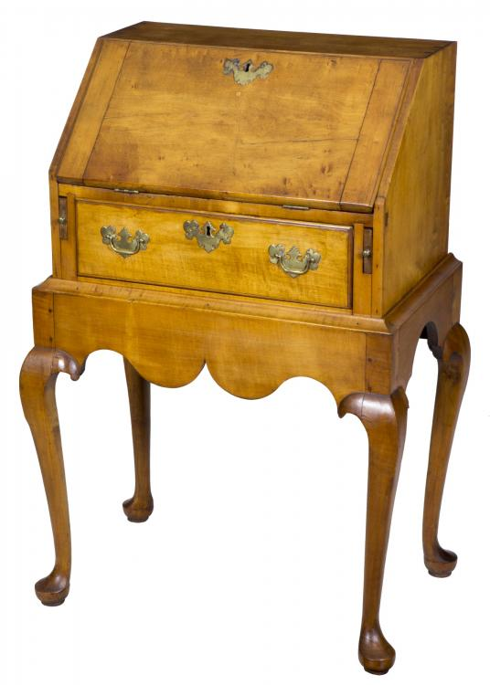 A Rare diminutive maple Queen Anne Lady's / Child's deskThe Stanley Weiss Collection