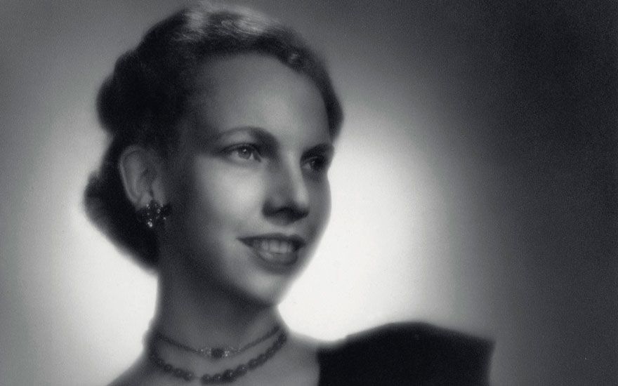 "Cecil Amelia ""Titi"" von Fürstenberg (1919-2006). Foto via Christie's."