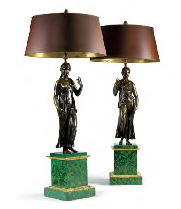 一對檯燈,描繪古代雕像於仿造的孔雀石基座。Leclere銷售中