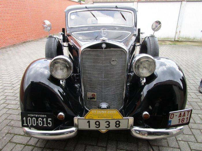 MERCEDES BENZ - 230 saloon - 1938 Estimate: 60 000-78 000 EUR