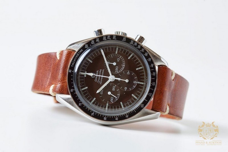 OMEGA. Speedmaster Professional Moonwatch Transitional. Acero (1969)