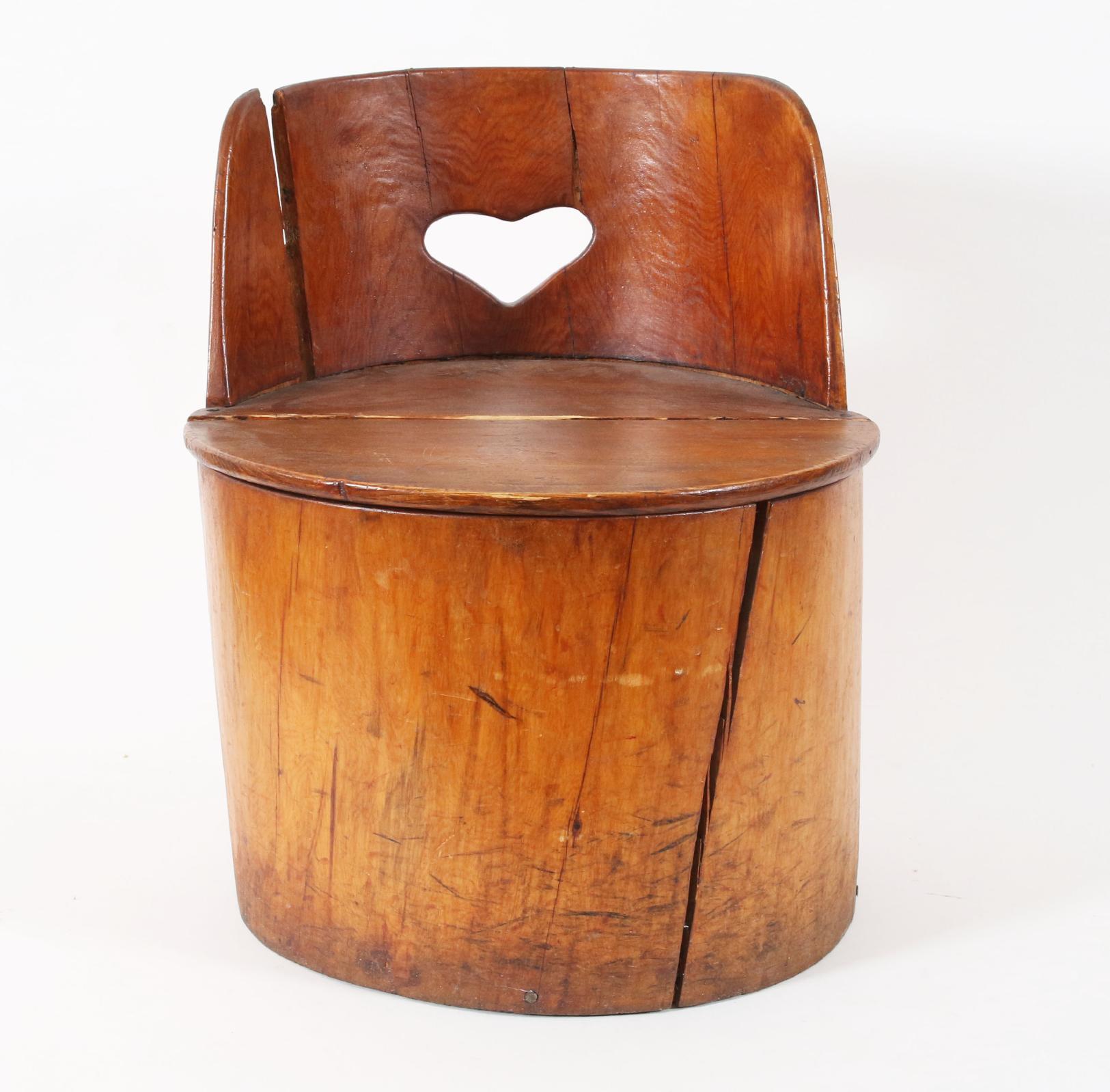 Kubbstol för barn, 1900-talets första hälft. Startpris: 100 sek. Dalarnas Auktionsbyrå.