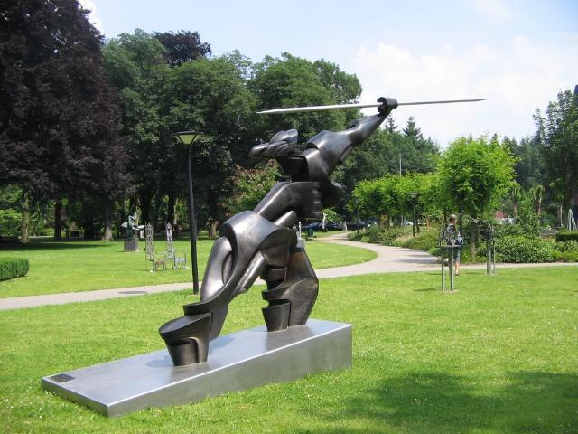 """HENRI LANNOYE - Mercurius, Bronze, Gießerstempel """"Fonderia Mariani - Italy"""", signiert und nummeriert 4/6, 1992"""