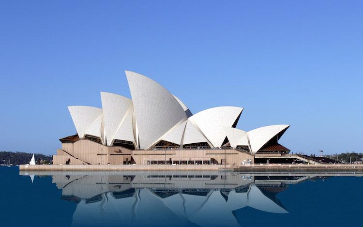 En av världens mest känna byggnader. Signerad Jørn Utzen