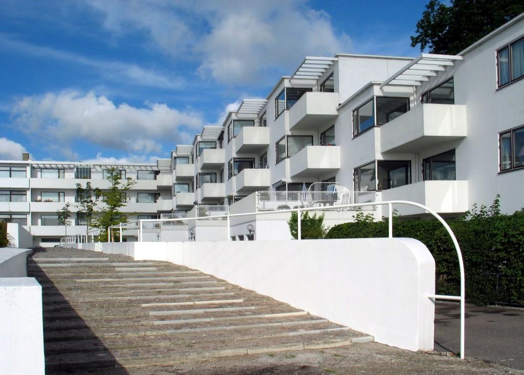Résidence Bellavista, Klampenborg tourist centre, 1934. Photo- WikiCommons