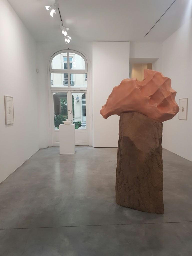 Galerie Marian Goodman, Paris Image: Barnebys
