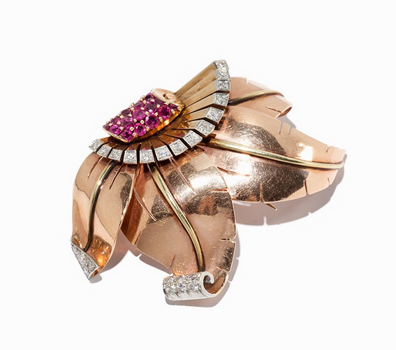Broche fleur rubis et diamants Auctionata