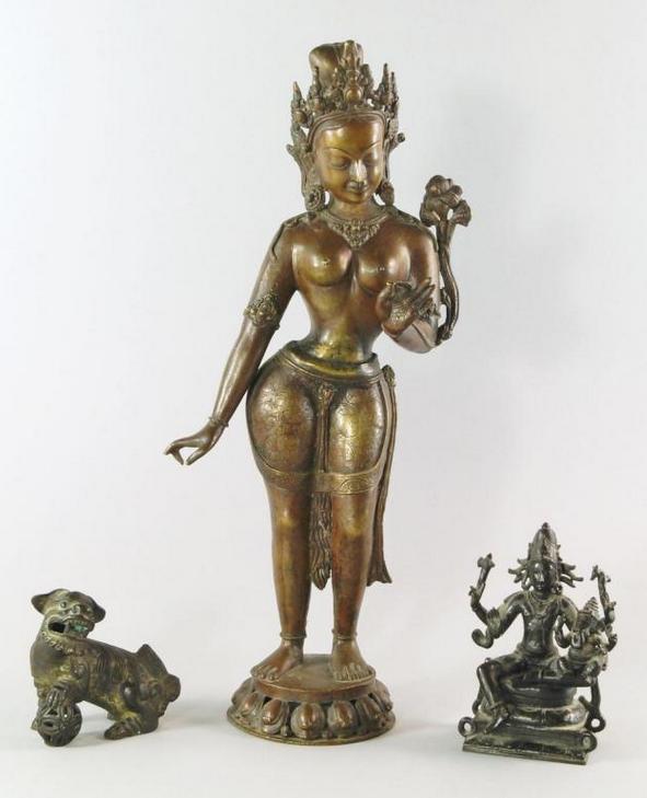 Bronze indien représentant Parvati 19e siècle En vente chez Roseberys