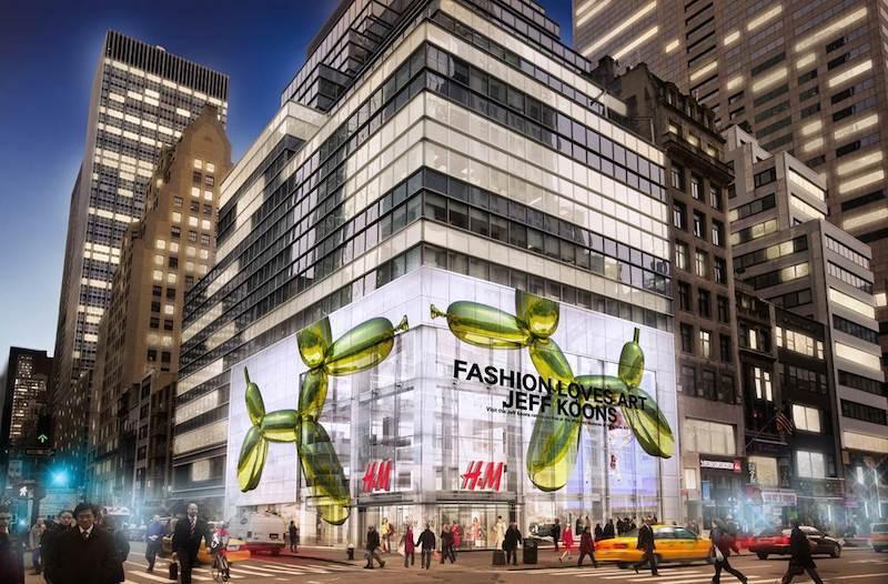 Globo Jeff Koons murió adornan tienda H & M en Nueva York. Foto: Forbes. Globo Jeff Koons murió adornan tienda H & M en Nueva York. Foto: Forbes.