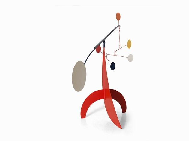 Manuel Marín (1942-2007), Mobile (White Disc), 2006. Utrop: 27,800 Sek. Auctionata