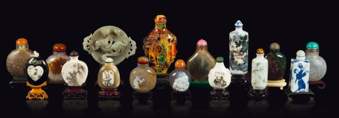 Quinze récipients en ivoire, porcelaine, verre et pierres, dynastie des Qing, 19ème et début du 20ème siècle