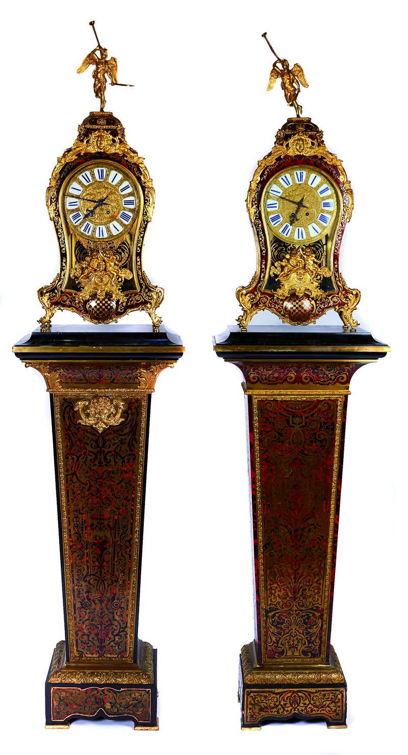 Relojes franceses NAPOLEÓN III en madera ebonizada, bronce y marquetería (s. XIX)