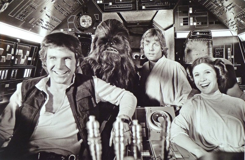 Han Solo, Chewbacca, Luke Skywalker och Leia på Årtusendefalken.