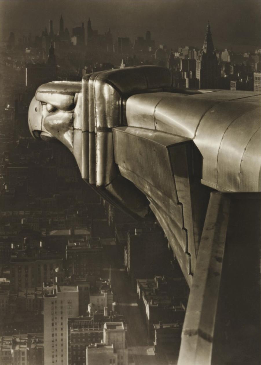 "Margaret Bourke-White, ""Gargoyle, Chrysler Boulding, N.Y.C"" år 1930. Säljs på Sotheby's 5 april 2019. Beräknas till 250 000 – 350 000 dollar. Foto: Sotheby's."