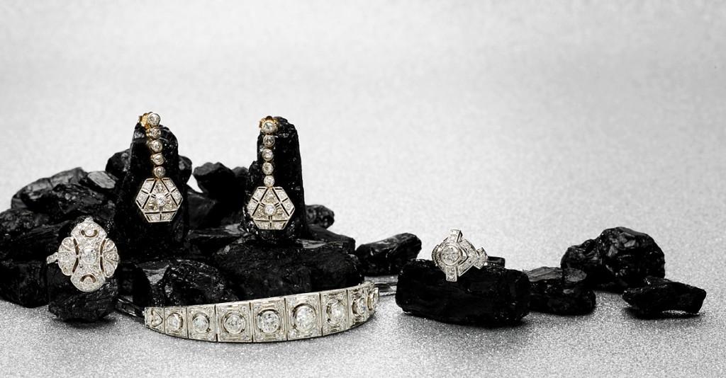 Qualität und Originalität stehen bei Rheinfrank Antique & Vintage Jewellery an oberster Stelle - natürlich auch beim eleganten Art Déco-Schmuck aus Platin
