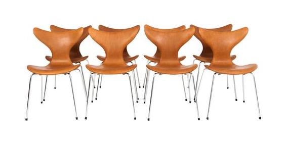 Un ensemble de 8 chaises 'Seagull' , Arne Jacobsen (1902-1971), ca. 1969 pour Fritz Hansen En vente chez Lofty