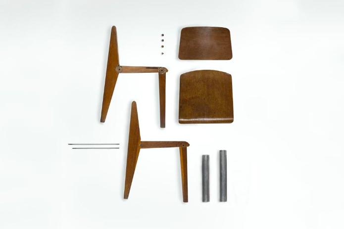 Chaise démontable de Jean Prouvé, image via Pinterest
