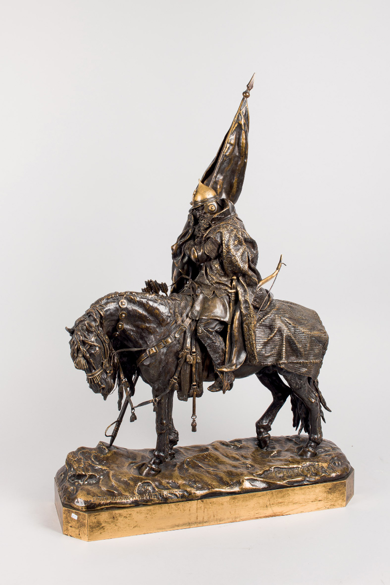 "Evgeny Evgenievich Lanceray, ""Ridande flaggbärare"". Brons, 80 cm Utropspris: 17 086,33 SEK Dúran Subastas"