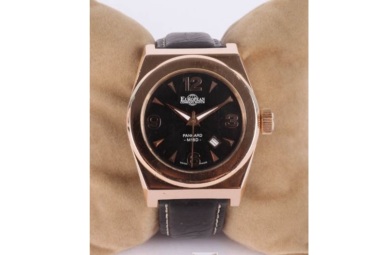 Reloj suizo EUROPEAN COMPANY WATCH en oro rosa. Modelo PANHARD-M18 D