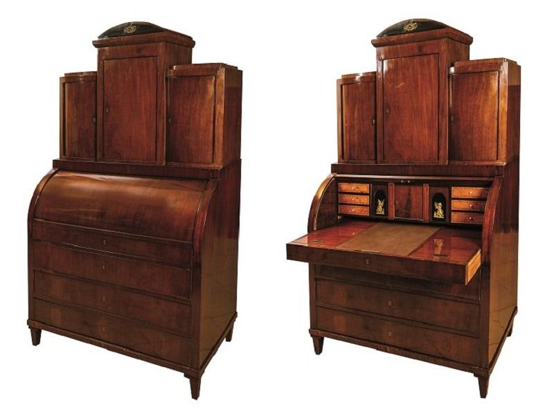 Bureau-cabinet Biedermeier en madera de caoba y limoncillo con apliques en bronce (Siglo XIX)